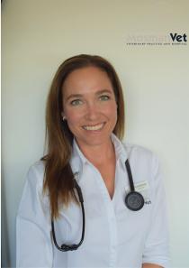 Dr Lisa Bennett 4